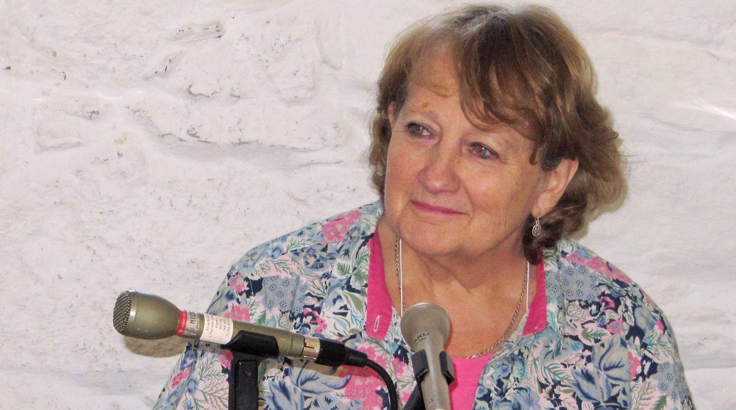 Anne Brown Interviewing At The Wigtown Book Festival Image Courtesy Of Old Bank Bookshop